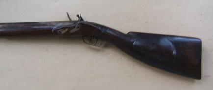 A FINE EARLY 19th CENTURY NEW ENGLAND CLUB-BUTT FOWLER/MARKET GUN, ca. 1815 view 2