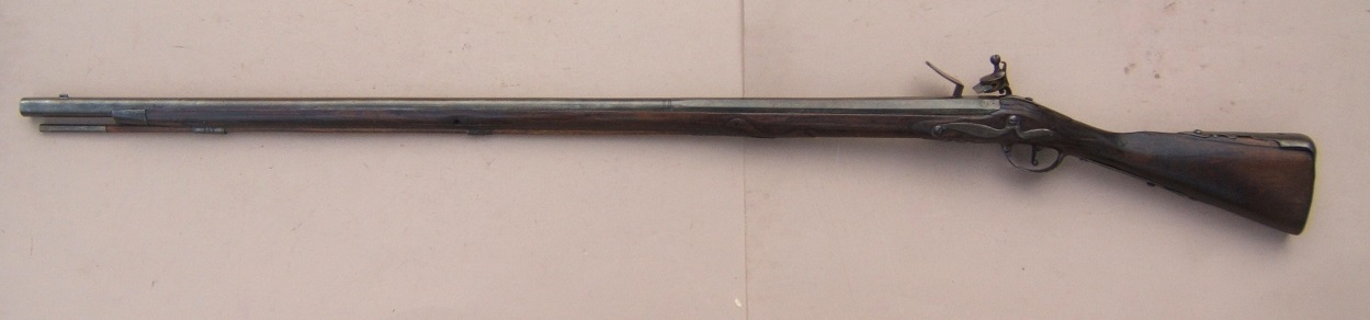 A VERY FINE & EARLY COLONIAL/AMERICAN REVOLUTIONARY WAR PERIOD DUTCH MUSKET, ca. 1710-1720 view 2