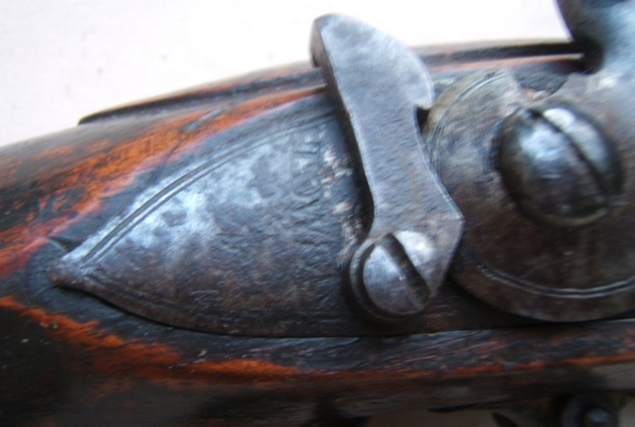 A VERY GOOD WAR OF 1812/NAPOLEANIC WAR PERIOD UNIT MARKED ENGLISH LARGE/MUSKET-BORE (.75 cal.) CARBINE w/ EXPERIMENTAL? DOGLOCK REAR SAFETY, ca. 1800 view 4