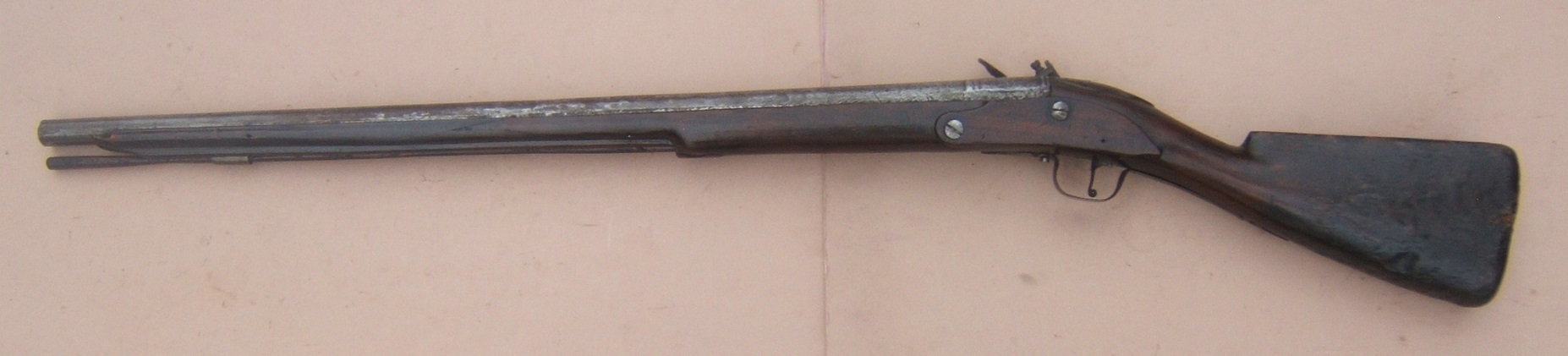 A VERY RARE ENGLISH/EARLY COLONIAL AMERICAN PERIOD ENGLISH DOGLOCK MUSKET, ca. 1650 view 2
