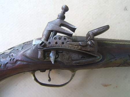 A FINE QUALITY BALKAN (ALBANIAN) MIQUELET HOLSTER PISTOL, ca. 1820-1840 view 3