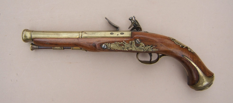 A FINE GEORGIAN/REVOLUTIONARY WAR PERIOD BRASS BARREL BLUNDERBUSS PISTOL BY BENNETT, ca. 1781 view 2