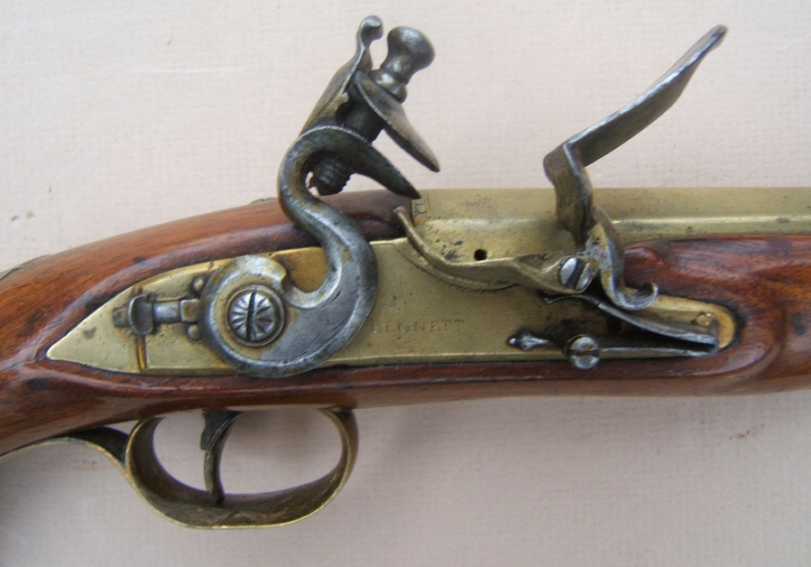 A FINE GEORGIAN/REVOLUTIONARY WAR PERIOD BRASS BARREL BLUNDERBUSS PISTOL BY BENNETT, ca. 1781 view 3