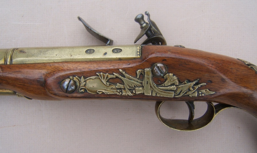 A FINE GEORGIAN/REVOLUTIONARY WAR PERIOD BRASS BARREL BLUNDERBUSS PISTOL BY BENNETT, ca. 1781 view 4