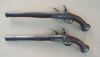 A VERY FINE PAIR OF EARLY & LARGE 18TH CENTURY FRENCH FLINTLOCK HOLSTER PISTOLS, ca. 1720s view 2
