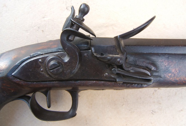 "A FINE FRENCH EMPIRE/NAPOLEONIC PERIOD RIFLED ""MUSKET-BORE"" FLINTLOCK OFFICER'S PISTOL, ca. 1810 view 3"