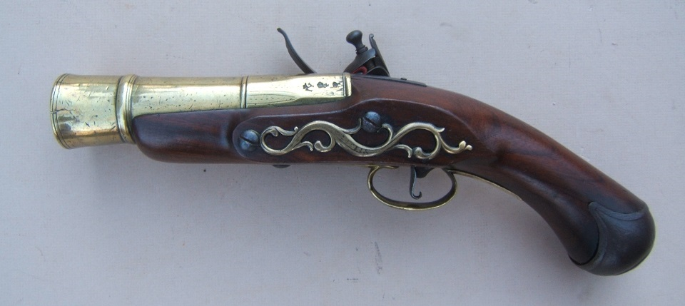 A RARE & UNUSUAL NAPOLEONIC PERIOD ENGLISH FLINTLOCK NAVAL HAND-MORTAR/GRENADE PISTOL, ca. 1810 view 2