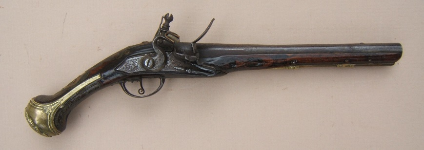 A FINE QUALITY OTTOMAN TURKISH FLINTLOCK HOLSTER PISTOL, ca. 1810 view 1