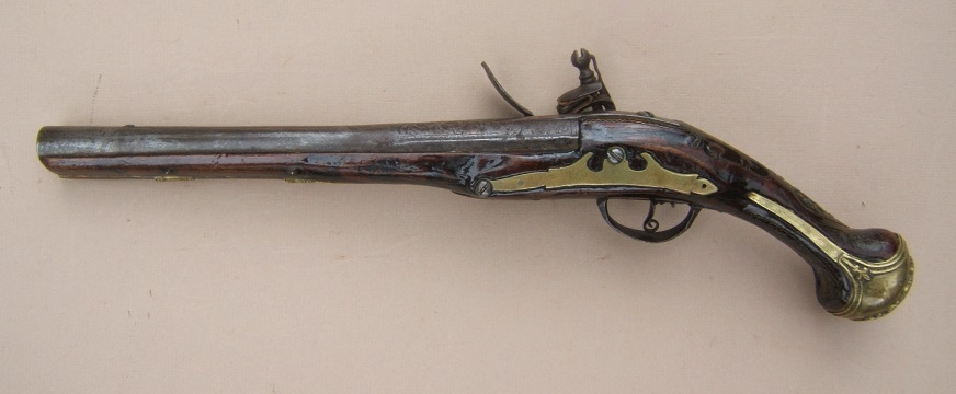 A FINE QUALITY OTTOMAN TURKISH FLINTLOCK HOLSTER PISTOL, ca. 1810 view 2