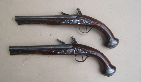 A VERY FINE PAIR OF AMERICAN REVOLUTIONARY WAR PERIOD ENGLISH FLINTLOCK OFFICER'S/HOLSTER PISTOLS by