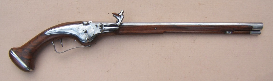 AN EXCELLENT/MUSEUM-GRADE EARLY 17th CENTURY/30-YEARS WAR PERIOD GERMAN/DUTCH MILITARY WHEELOCK PISTOL, ca. 1630  view 1