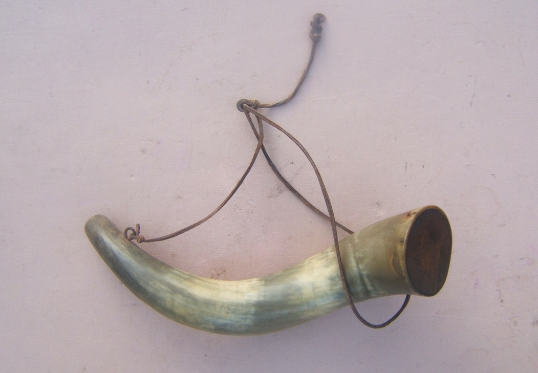 A VERY GOOD 19th CENTURY AMERICAN LARGE-SIZE POWDER HORN, ca. 1840 view 2