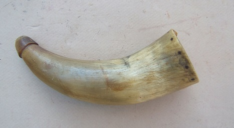 A VERY GOOD COLONIAL/FRENCH & INDIAN WAR PERIOD AMERICAN POWDER HORN, ca. 1760 view 2