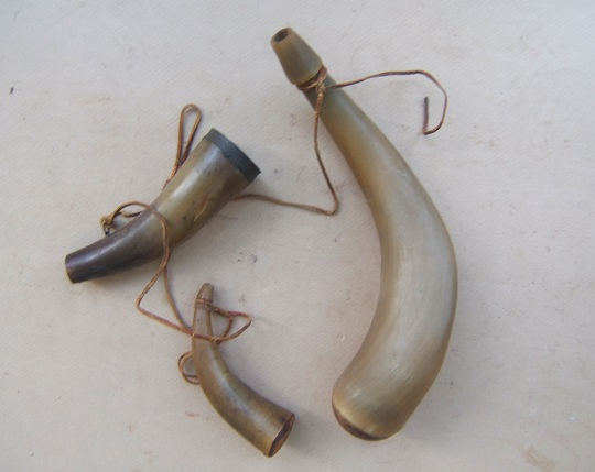 regt powder horn