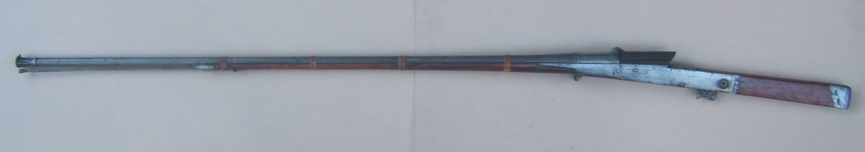 A FINE EARLY 19TH CENTURY INDIAN MATCHLOCK MUSKET/TORADOR, ca. 1820 view2
