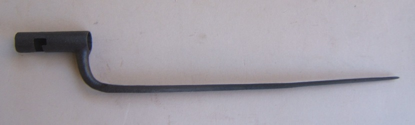 AN AMERICAN REVOLUTIONARY WAR PERIOD FRENCH Mdl. 1763 BAYONET, ca. 1773 view 1