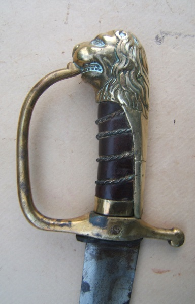 A VERY GOOD ENGLISH LION'S HEAD POMMEL HORSEMAN'S SABER, ca. 1775 view 3